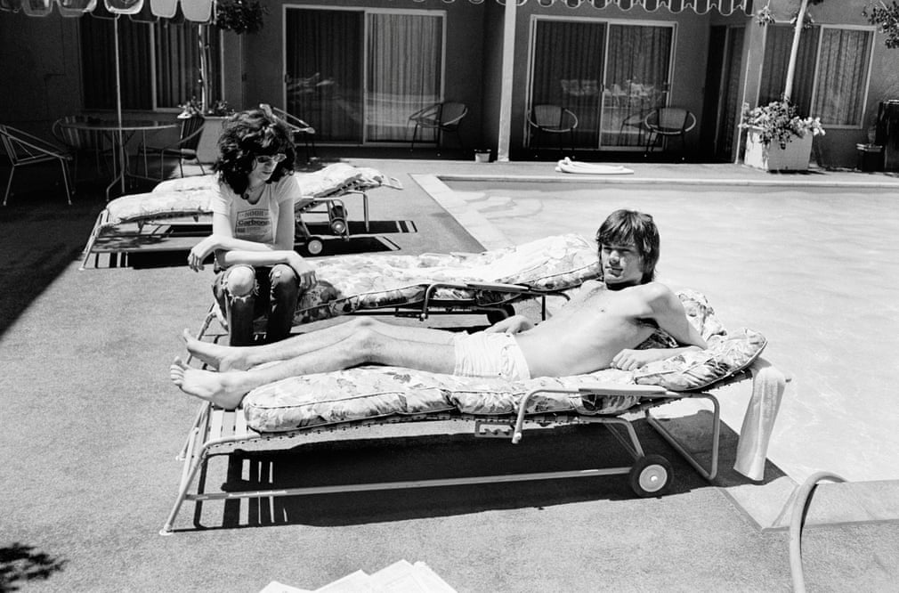Joey-and-Dee-Dee-Ramone-at-the-Sunset-Marquis-Hotel-West-Hollywood-1977-Photograph-Danny-Fields.jpg