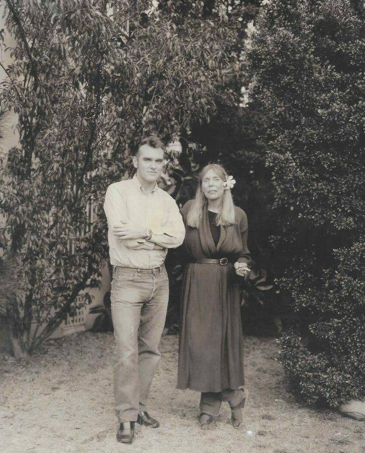 Moz&JoniRobertMaxwellOct1996.jpg