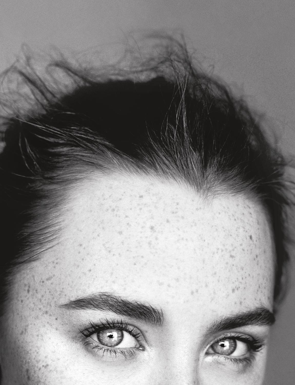 Saoirse Ronan GW Alasdair McLellan 2015.jpg